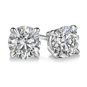 4-prong-diamond-studs